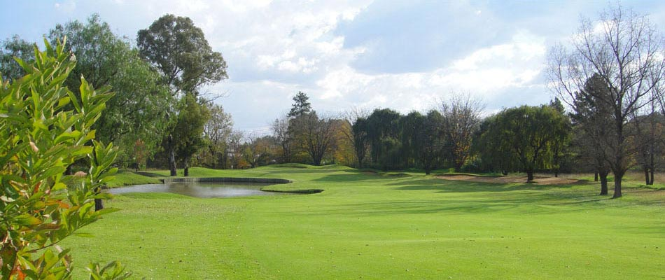 Course situated on the banks of the Vaal River